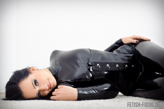 Bella Isadora in catsuit